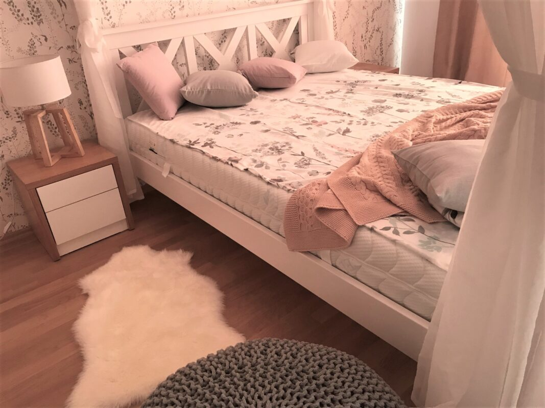 romatnická ložnice